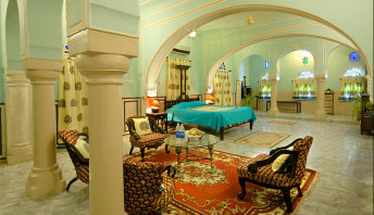 Pachewargarh Royal Suite